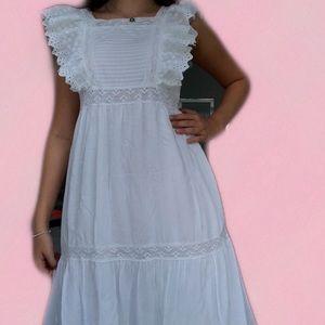 Zara White Long Flowy Dress